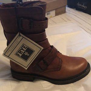 Frye Boots, New Veronica Tanker